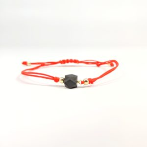 14K Yellow Gold Red String Bracelet with Genuine Azabache Pull Bracelet Front View