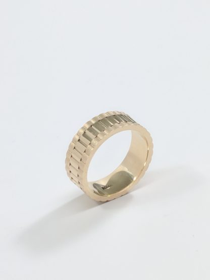 OYSTER CLASP STYLE WEDDING BAND 14KT YELLOW GOLD